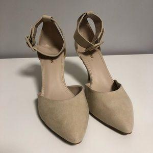 Express - Beige ankle strap heel